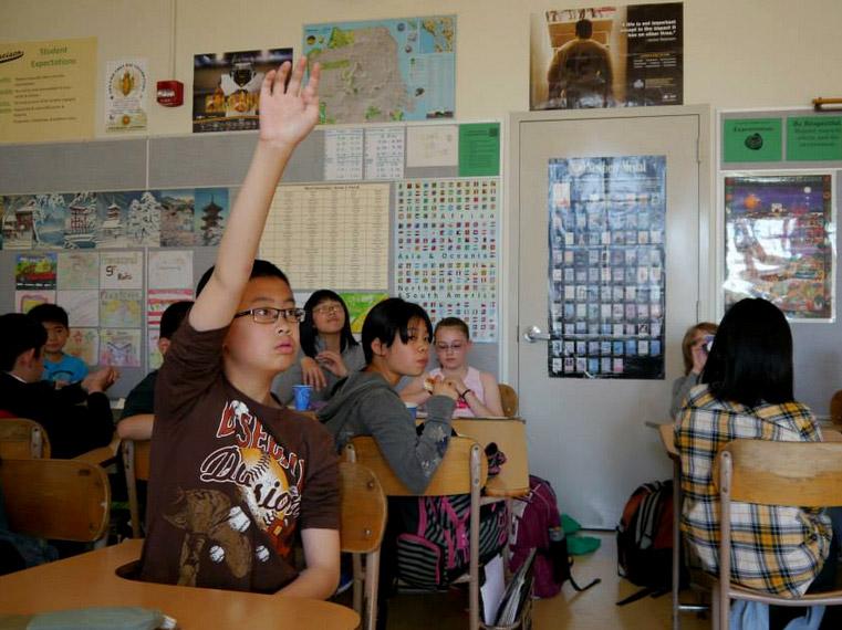 Francisco-hand-raise2.jpg