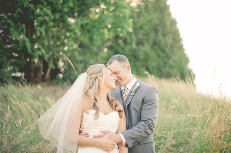 sophisticated floral portland wedding flowers