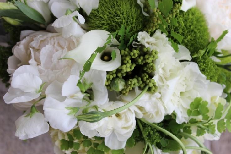sophisticated floral portland oregon wedding florist