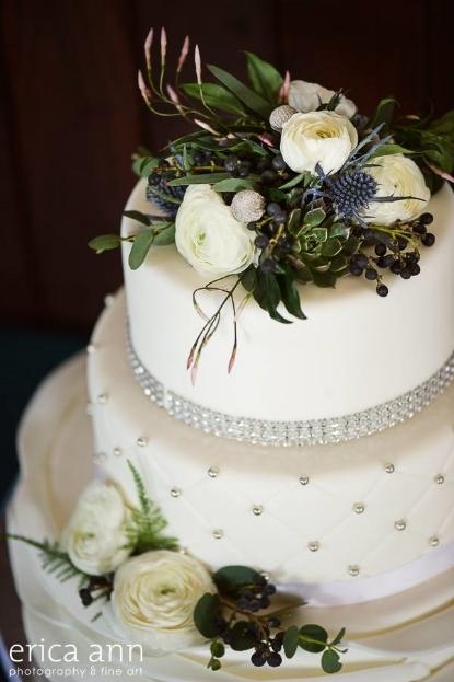 wedding cake flowers sophisitcated floral designs portland oregon wedding florist navy blue teal flowers