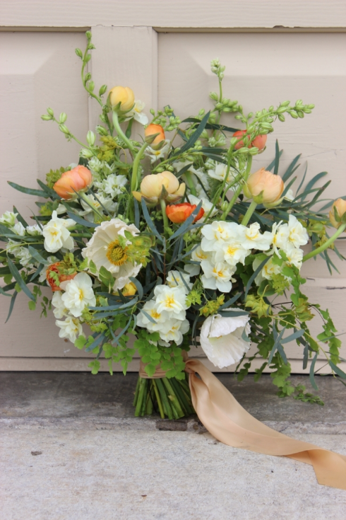 peach coral bouquet sophisticated floral portland oregon wedding florist