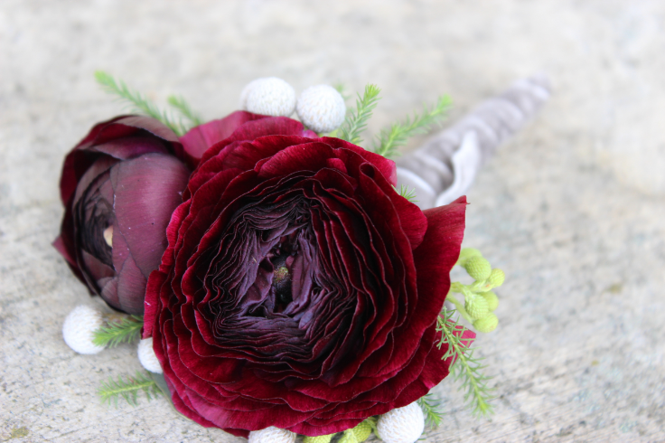 groom boutonniere purple ranunculus sophisticated floral designs