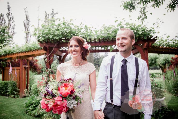 sophisticated floral designs bridal bouquet