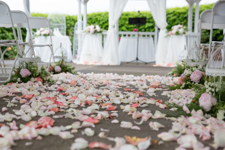 wedding flowers ceremony decor aisle petals sophisticated floral