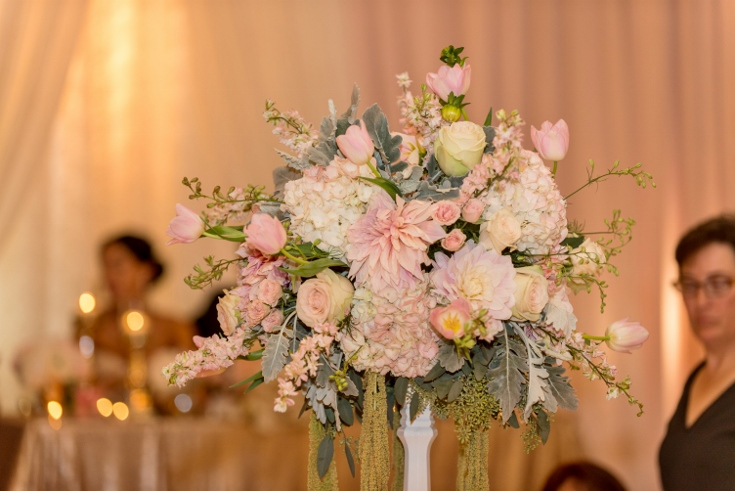 floral arragement wedding flowers sentinel hotel sophisticated floral