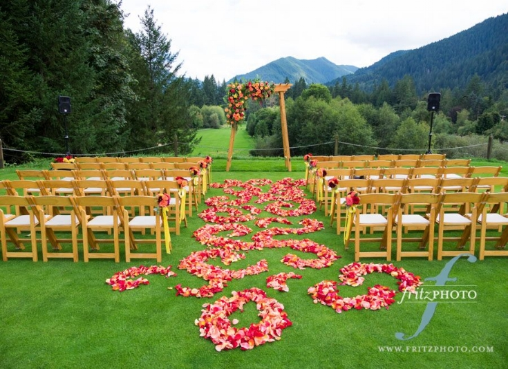 rose petal aisle swirl sophisticated floral designs