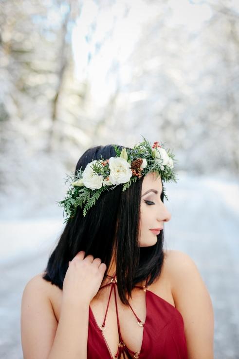 sophisticated floral oregon florist winter elopement wedding design