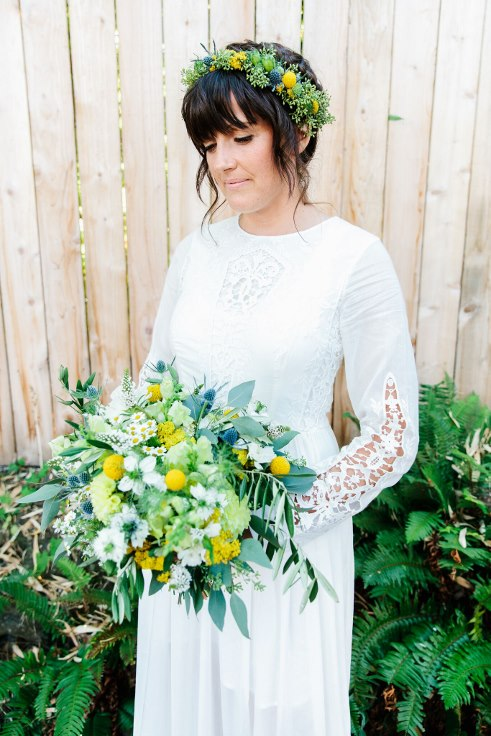 sophisticated floral designs portland oregon florist boho bride