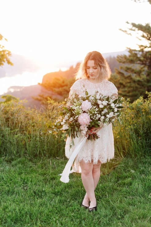 sunrise photogrpahy by liza james photography sophisticated floral portland