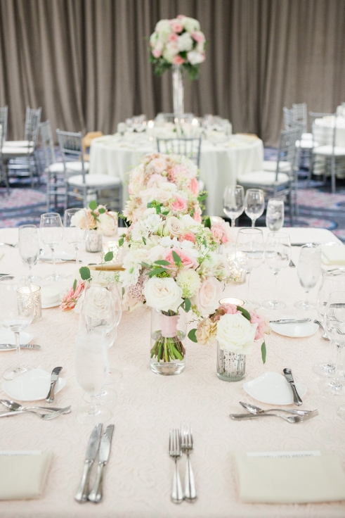 sophisticated floral designs portland oregon wedding florist Nines Hotel head table sweetheart table flowers