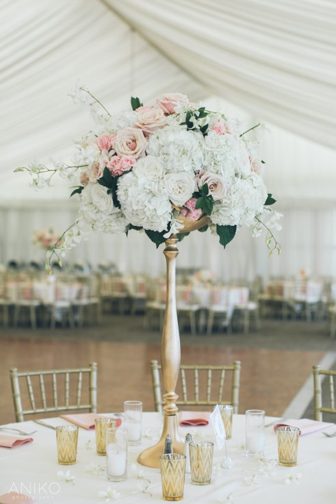 sophisticated floral designs portland oregon wedding florist-oregon-golf-club-wedding-aniko tall centerpiece gold and blush