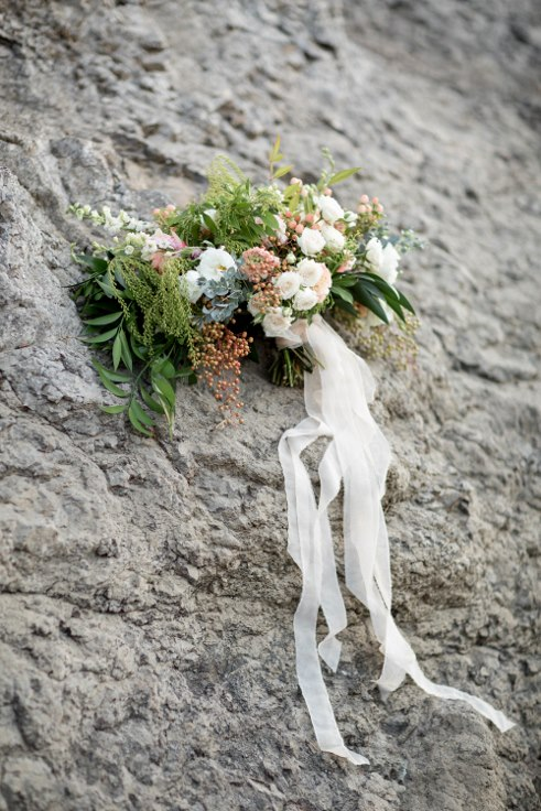 sophisticated floral designs portland oregon wedding florist blush oversized boho bridal bouquet ranunculus garden roses (9).jpg