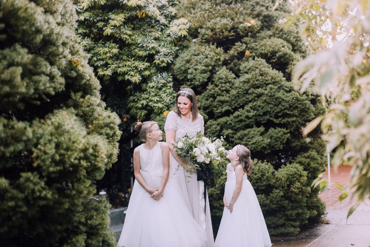 sophisticated floral designs portland oregon wedding florist mcmenamins edgefield spotted stills photography (2) (736x491).jpg