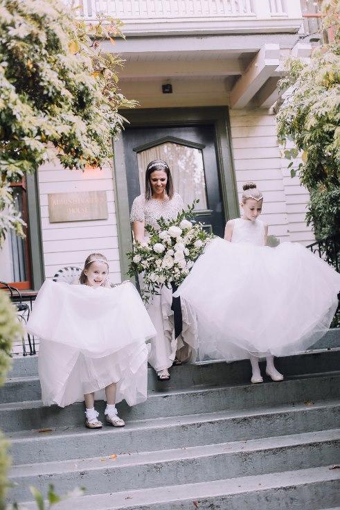 sophisticated floral designs portland oregon wedding florist mcmenamins edgefield spotted stills photography (9) (491x736).jpg