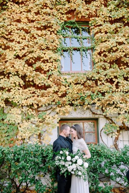 sophisticated floral designs portland oregon wedding florist mcmenamins edgefield spotted stills photography (38) (491x736).jpg