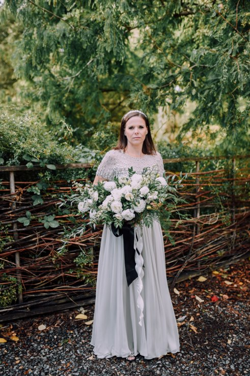 sophisticated floral designs portland oregon wedding florist mcmenamins edgefield spotted stills photography (40) (491x736).jpg
