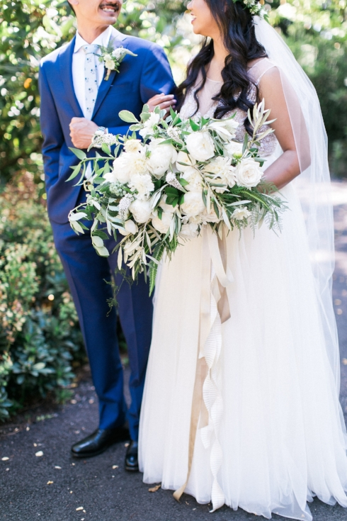 sophisticated floral designs Mcmenamins Roadhouse sweetlife photography bridal bouquet