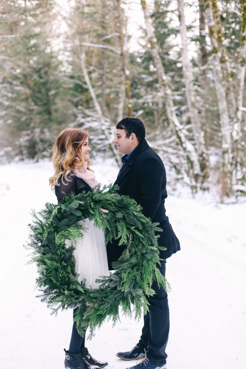 sophsiticated floral designs portland oregon wedding florist spotted stills photogrpahy winter wreath engagement (1).jpg