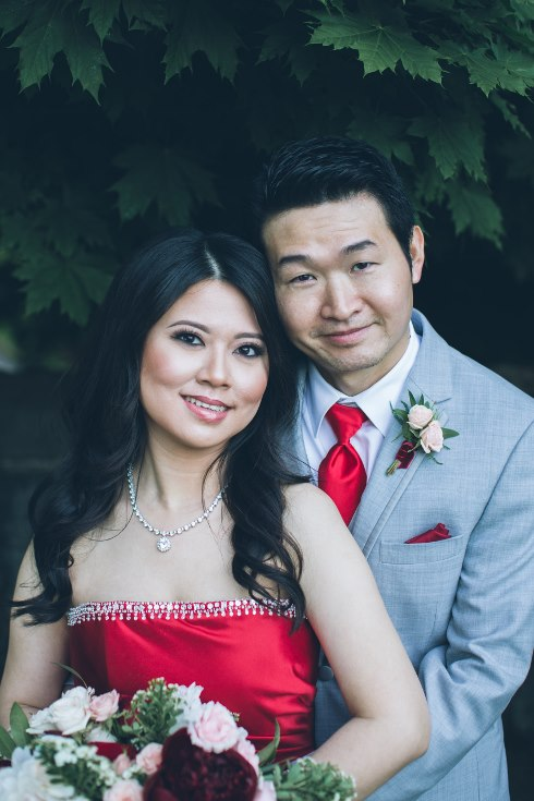 sophisticated floral designs portland oregon wedding florist aniko productions photography red bridal dress (14) (490x735).jpg
