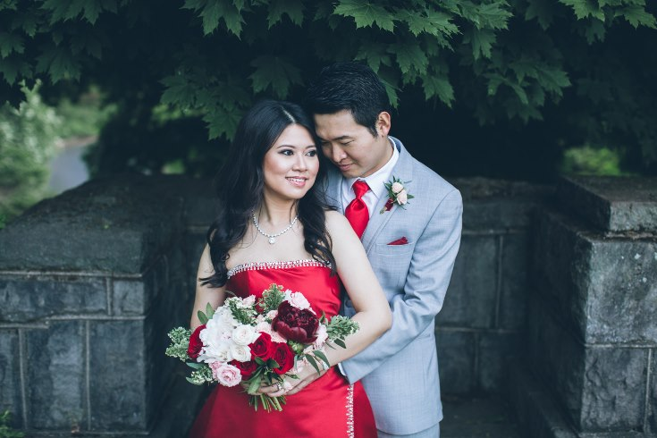 sophisticated floral designs portland oregon wedding florist aniko productions photography red bridal dress (13) (735x490).jpg