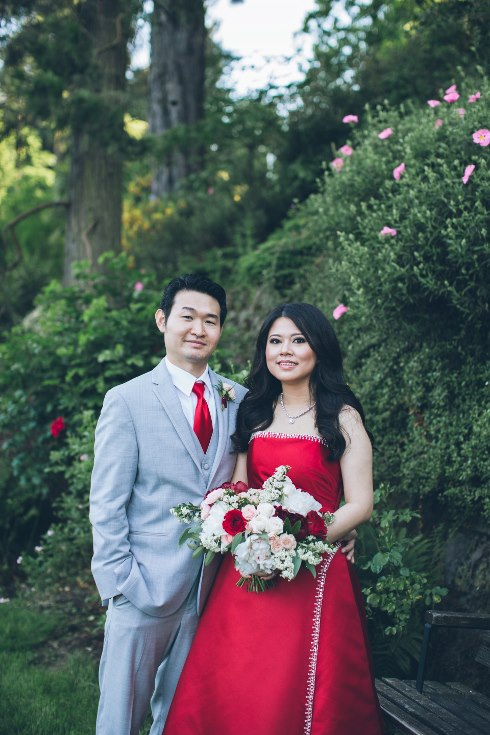 sophisticated floral designs portland oregon wedding florist aniko productions photography red bridal dress (2) (490x735).jpg