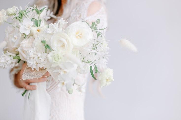 sophisticated floral designs portland oregon wedding florist spotted still photography boho modern fine art pampas  grass bleached flowers (21) (735x490).jpg