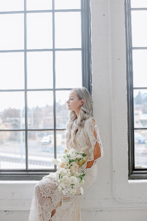 sophisticated floral designs portland oregon wedding florist spotted still photography boho modern fine art pampas  grass bleached flowers (51) (490x735).jpg