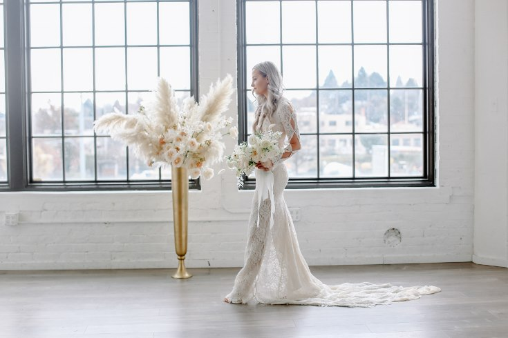 sophisticated floral designs portland oregon wedding florist spotted still photography boho modern fine art pampas  grass bleached flowers (53) (735x490).jpg