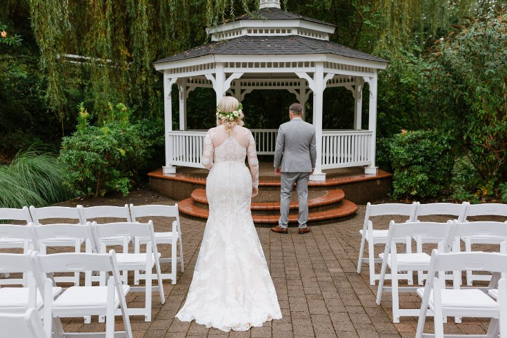 sophisticated floral designs portland oregon wedding florist abernethy center falcusan photography (11) (735x490).jpg
