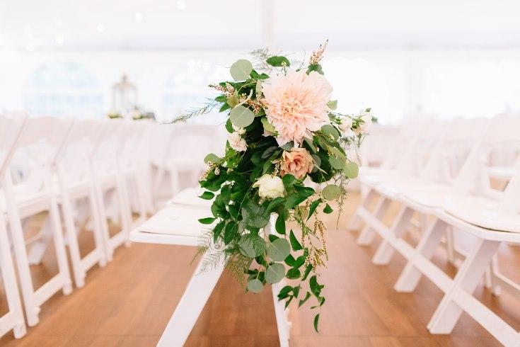 sophisticated floral designs portland oregon wedding florist abernethy center falcusan photography (29) (735x490).jpg