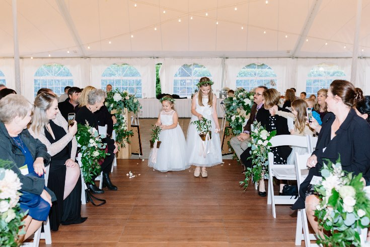 sophisticated floral designs portland oregon wedding florist abernethy center falcusan photography (37) (735x490).jpg