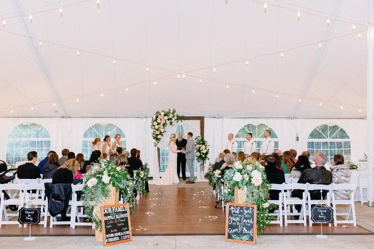 sophisticated floral designs portland oregon wedding florist abernethy center falcusan photography (44) (735x490).jpg