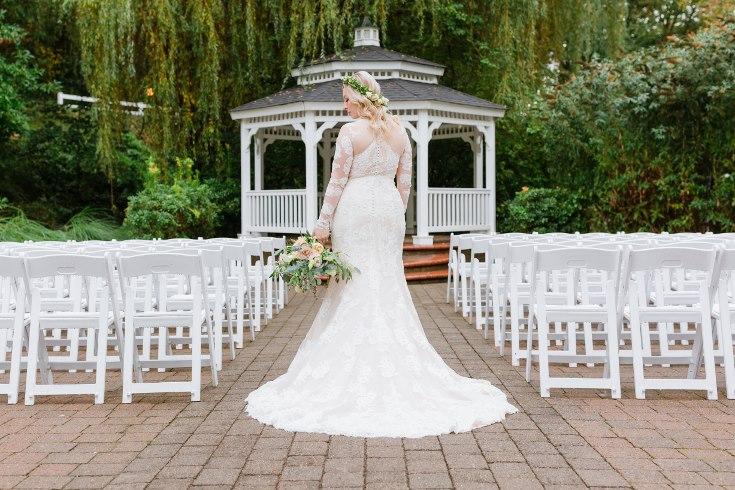 sophisticated floral designs portland oregon wedding florist abernethy center falcusan photography (80) (735x490).jpg