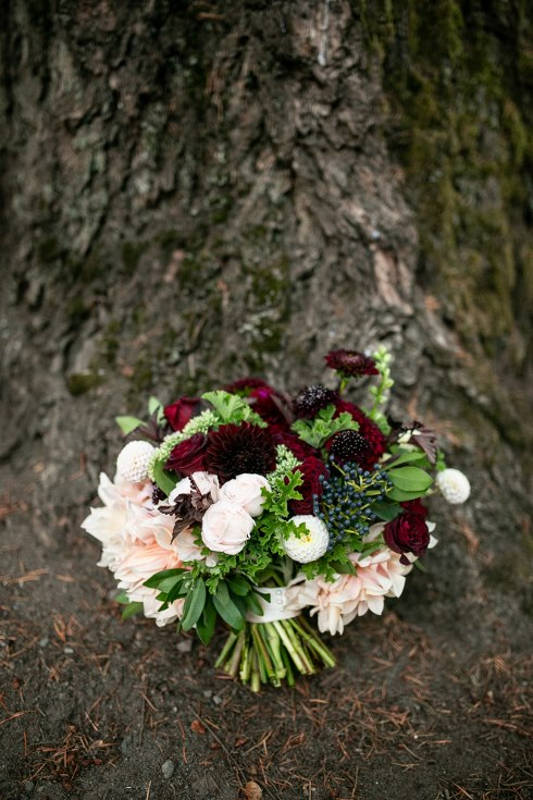 sophsiticated floral designs portland oregon wedding florist riverview restaurant (9) (490x735).jpg