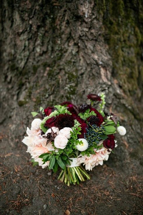 sophsiticated floral designs portland oregon wedding florist riverview restaurant (9) (490x735).jpg