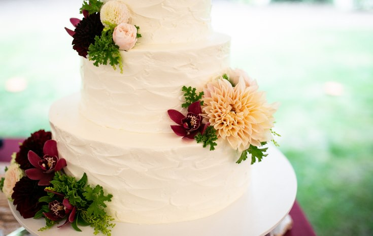 sophsiticated floral designs portland oregon wedding florist riverview restaurant (3) (735x465).jpg