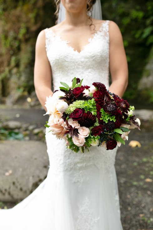 sophsiticated floral designs portland oregon wedding florist riverview restaurant (1) (490x735).jpg