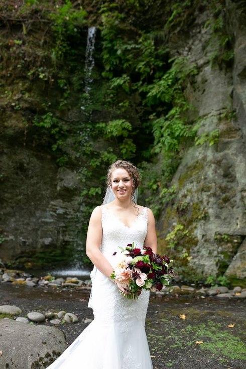 sophisticated floral designs portland oregon wedding florist riverview restaurant (6) (490x735).jpg