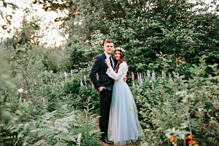sophisticated floral designs portland oregon wedding florist columbia river gorge engagement photography bouquet  (6).jpg