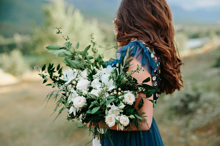 sophisticated floral designs portland oregon wedding florist columbia river gorge engagement photography bouquet  (20).jpg