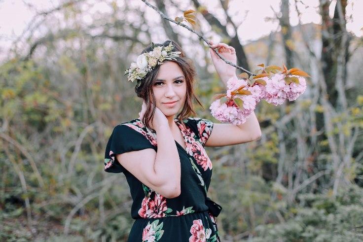 sophisticated floral designs portland oregon wedding florist Spotted Stills Engagement Session (35).jpg