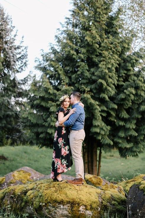sophisticated floral designs portland oregon wedding florist Spotted Stills Engagement Session (42).jpg