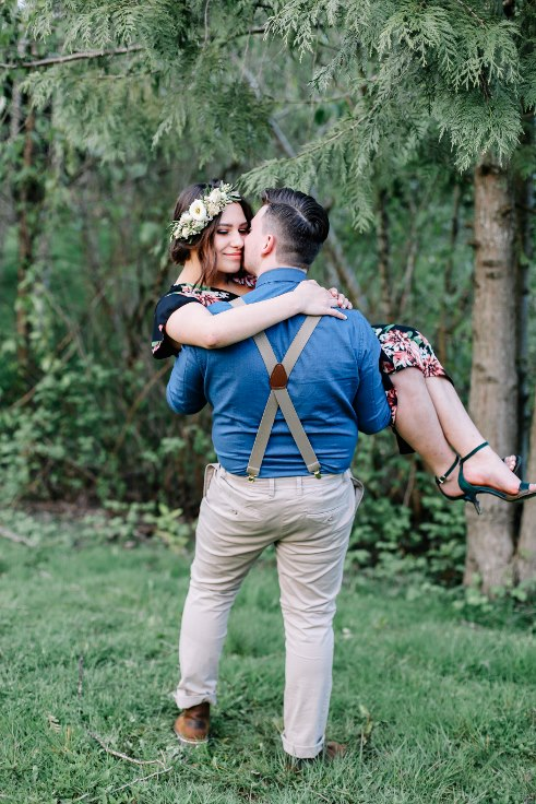 sophisticated floral designs portland oregon wedding florist Spotted Stills Engagement Session (57).jpg
