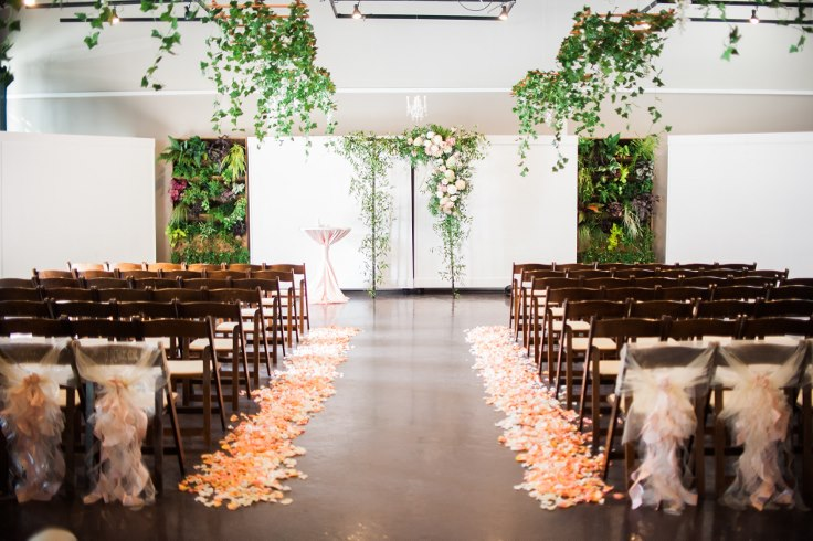 sophisticated floral designsp portland oregon wedding florist urban studio blush and greenery (17) (490x735).jpg