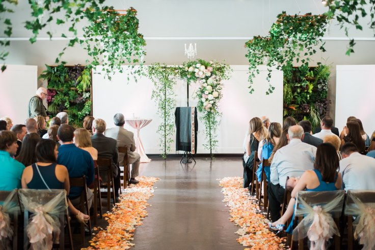 sophisticated floral designsp portland oregon wedding florist urban studio blush and greenery (18) (490x735).jpg