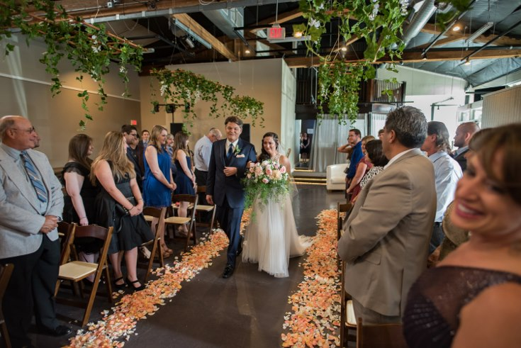 sophisticated floral designsp portland oregon wedding florist urban studio blush and greenery (45) (490x735).jpg