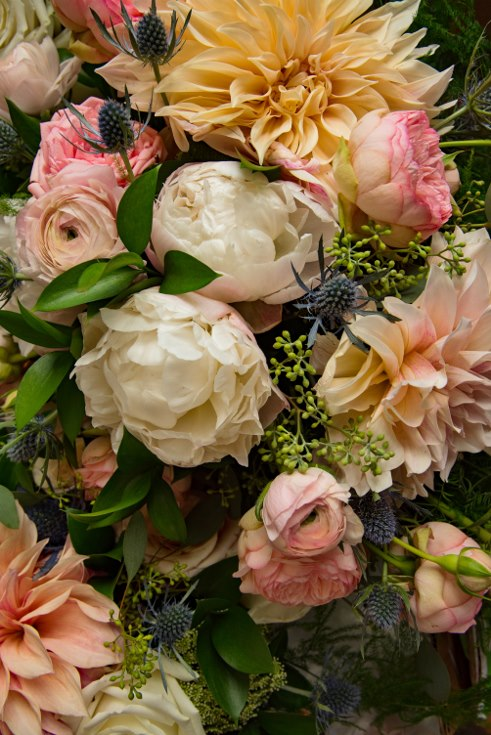 sophisticated floral designsp portland oregon wedding florist urban studio blush and greenery (44) (490x735).jpg