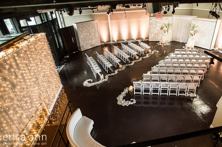 sophisticated floral designs portland oregon wedding florist urban studio flowers modern wedding erica ann photography (16).jpg