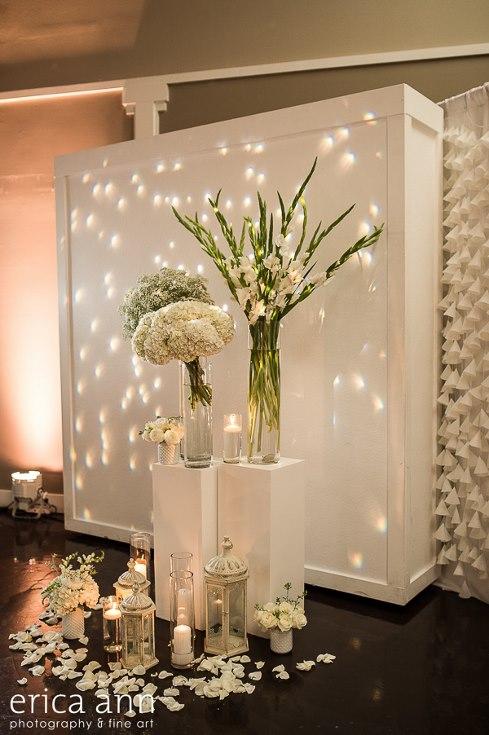 sophisticated floral designs portland oregon wedding florist urban studio flowers modern wedding erica ann photography (12).jpg
