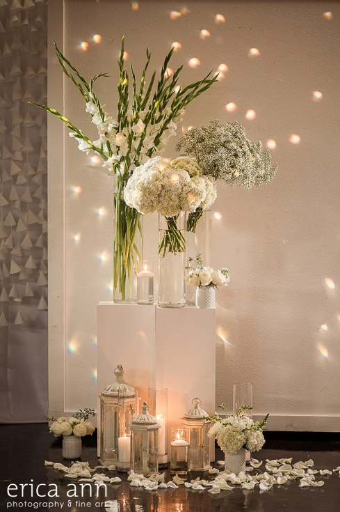 sophisticated floral designs portland oregon wedding florist urban studio flowers modern wedding erica ann photography (4).jpg
